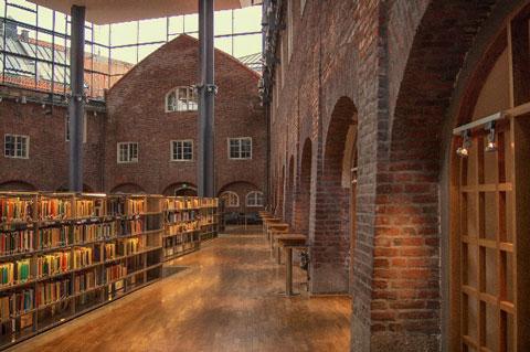 利用しないのは損!意外な穴場、大学図書館の利用について