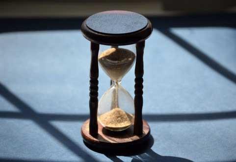 あなたの1日の時間は何時間?1日は24時間しかない?それとも24時間もある?